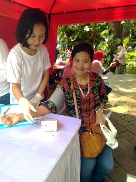 Cara Perempuan Menikmati Usia Produktif dengan Perlindungan dari Asuransi Sequislife